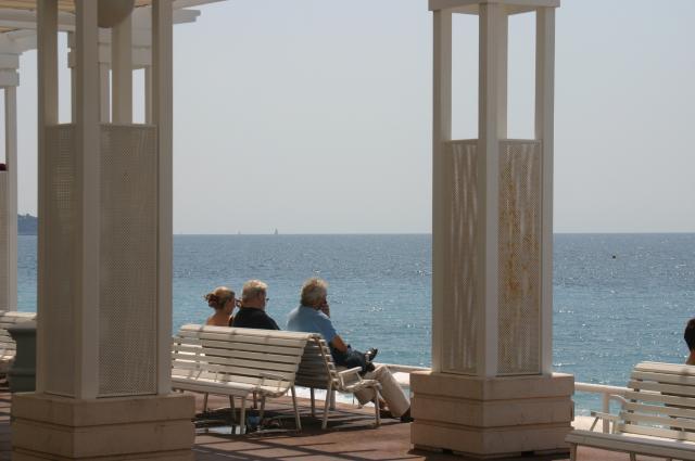 Nizzan rantabulevardi on maailmankuulu. Cannes, Monaco, Juan les Pins