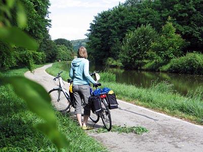 Pyörämatka Burgundin kanaalin varrella