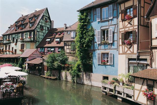 Elsassin värikästä kaupunkikuvaa.