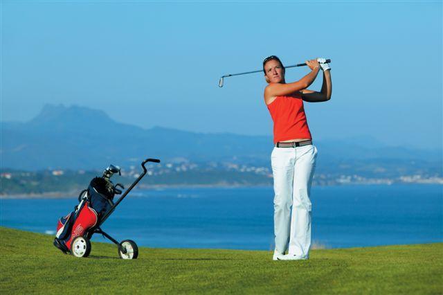 Biarritzissa kukin golfaa tyylillään.