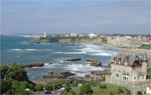 Biarritz on ranskalaisten kesäkohde ollut jo vuosisatoja.