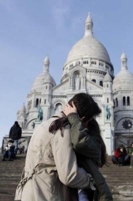 Rakkautta pariisissa ja pariisin kevät. Sacre coeur Pariisi.