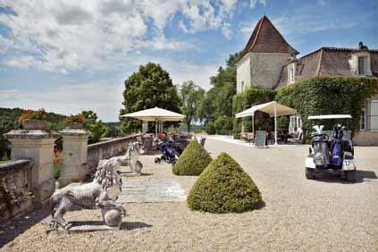 Golf-majoitus Dordognessa Ranskassa.